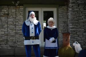 Mr and Mrs Blue Santa